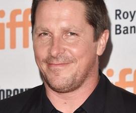 Christian Bale subió de peso comiendo pays.