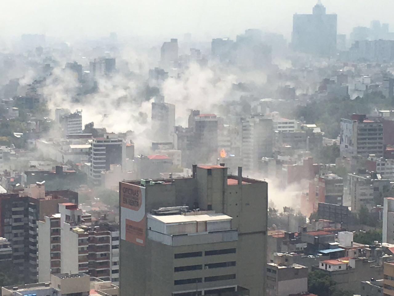 25 fotos y videos que muestran el colapso de la CDMX tras el sismo