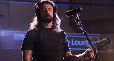 Foo Fighters se luce con este cover a