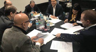 Frente Ciudadano evita instalación de Mesa Directiva hasta que echen pa'trás al #FiscalCarnal