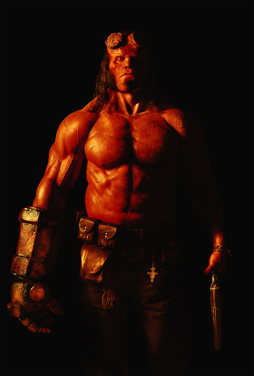 David Harbour como Hellboy