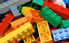 Los niños también necesitan ayuda tras el sismo: ¡Dona un juguete!