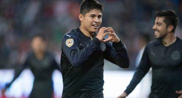 Chivas salió del sótano y hundió al Veracruz