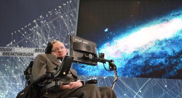 ¡Nerdgasmo! Ya puedes descargar la tesis de Stephen Hawking