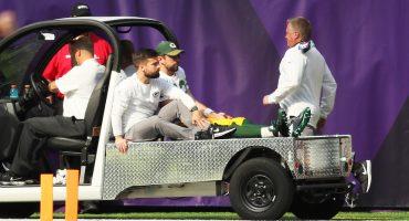 ¡Llévame a mí! Aaron Rodgers sufrió fractura de clavícula, podría perderse toda la temporada