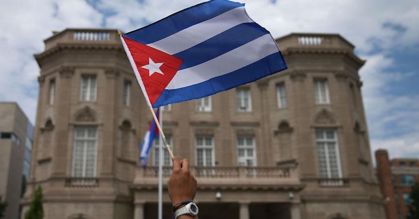 Expulsan a diplomáticos de Cuba de suelo estadounidense