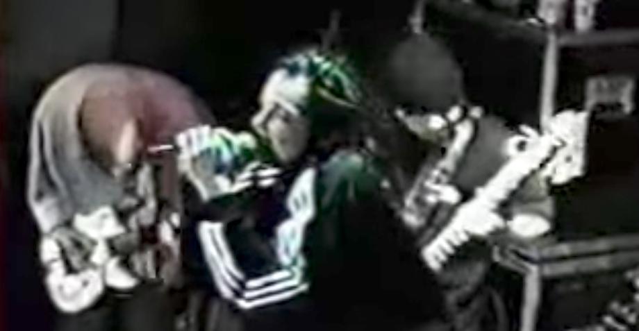 Are you reaaady?!: Recordemos cómo sonaba en vivo 'Blind' de KoRn en 1995