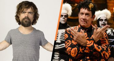 Tom Hanks y Peter Dinklage en Saturday Night Live es todo lo que necesitas ver este Halloween 🎃