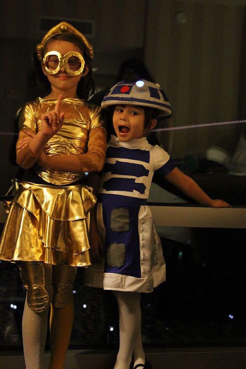 Disfraces para parejas de Halloween - R2-D2 y C3PO