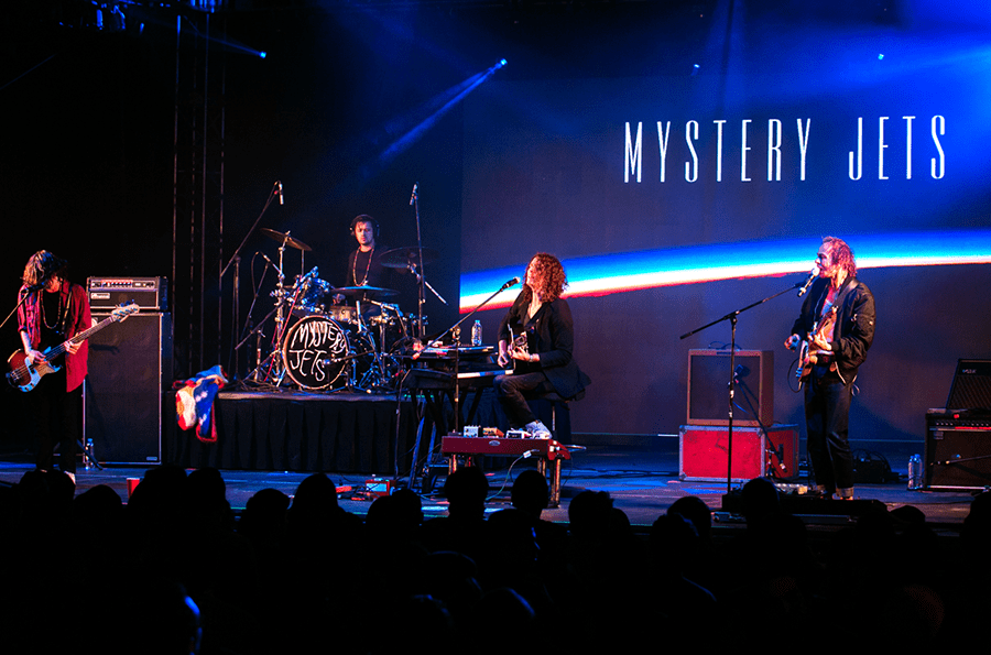 Mystery Jets, Washed Out, y Camilo Lara en el FIESTÓN de Doritos #FORTHEBOLD