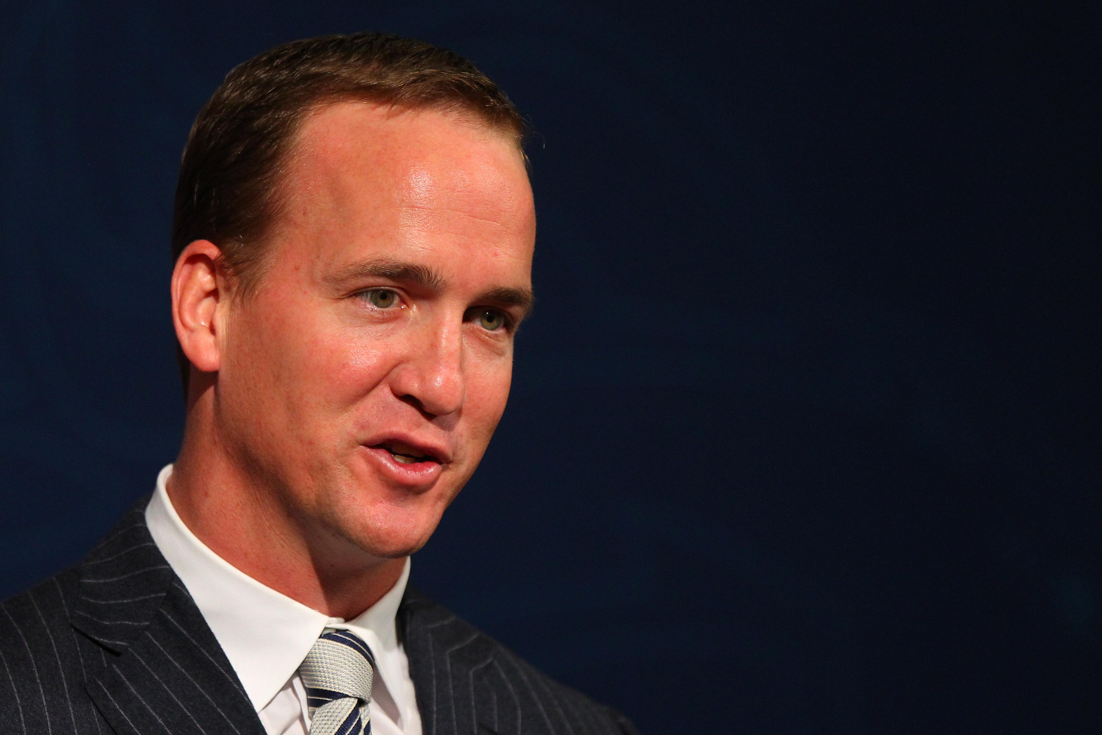 Los Browns ya están cansados de perder y quieren a Peyton Manning
