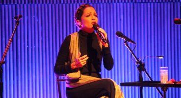 Natalia Lafourcade logró anoche el mejor homenaje al folclor mexicano