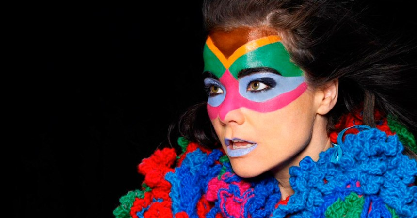 Un arpa que te relajará: A eso suena lo nuevo de Björk