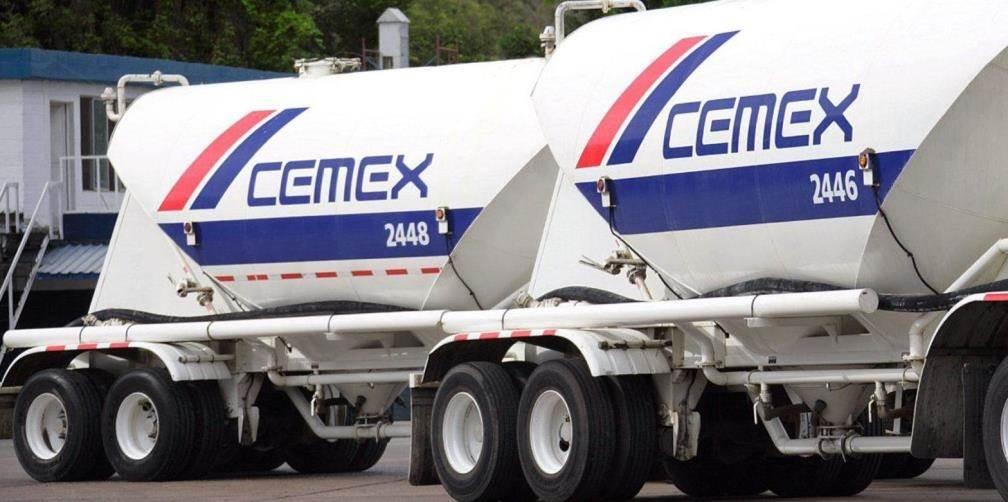 Camiones de Cemex