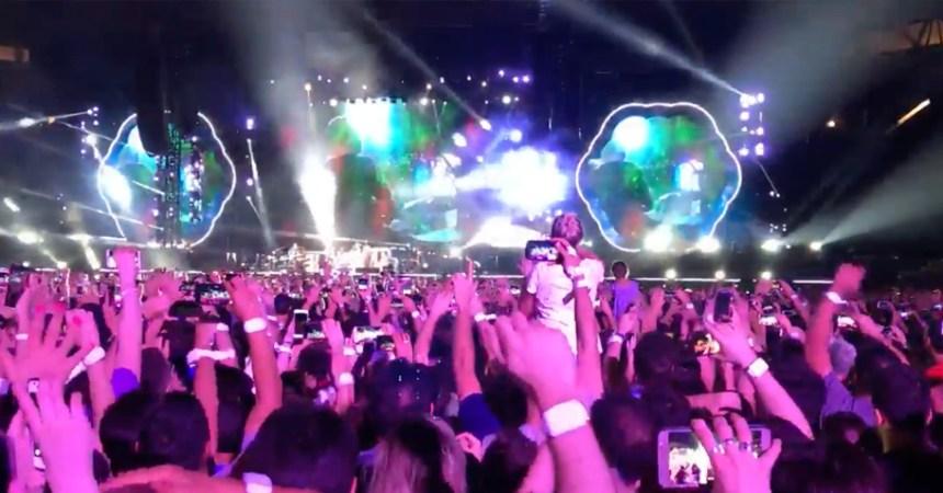 ¡Gracias totales! Coldplay cantó 'De Música Ligera' en honor a Soda Stereo y Cerati