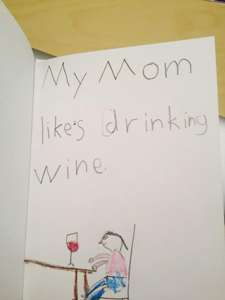 Dibujos de niños - Mamá y el vino