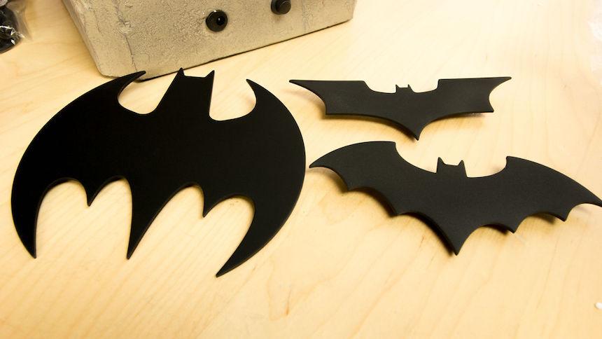 Réplica de la Bati-señal - Insignias de Batman