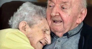 Amor de madre: mujer de 98 años se muda para cuidar a su hijo de 80