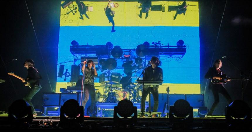 Phoenix demostró en Corona Capital 2017 porqué merece un concierto solo