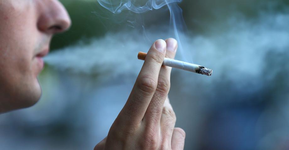 Esto es lo que una cajetilla de cigarros provoca en tus pulmones