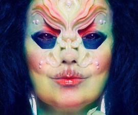 "Björk estrena su esperado álbum ""Utopia"""