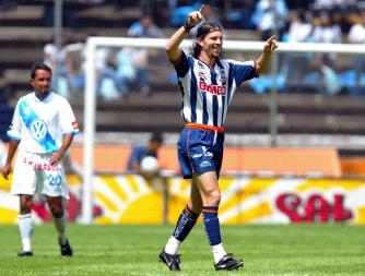 5.-Antonio De Nigris: Fue su primer equipo en primera división y de ahí arranco una carrera por todo el mundo. El tano jugo 65 partidos para el Monterrey y con eso bastó para ser recordado por siempre. MEXSPORT/OMAR MARTINEZ