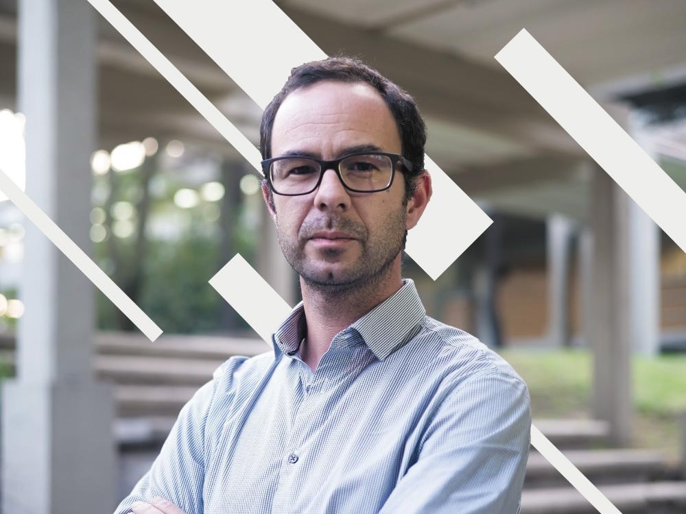 El geofísico Víctor Cruz-Atieza