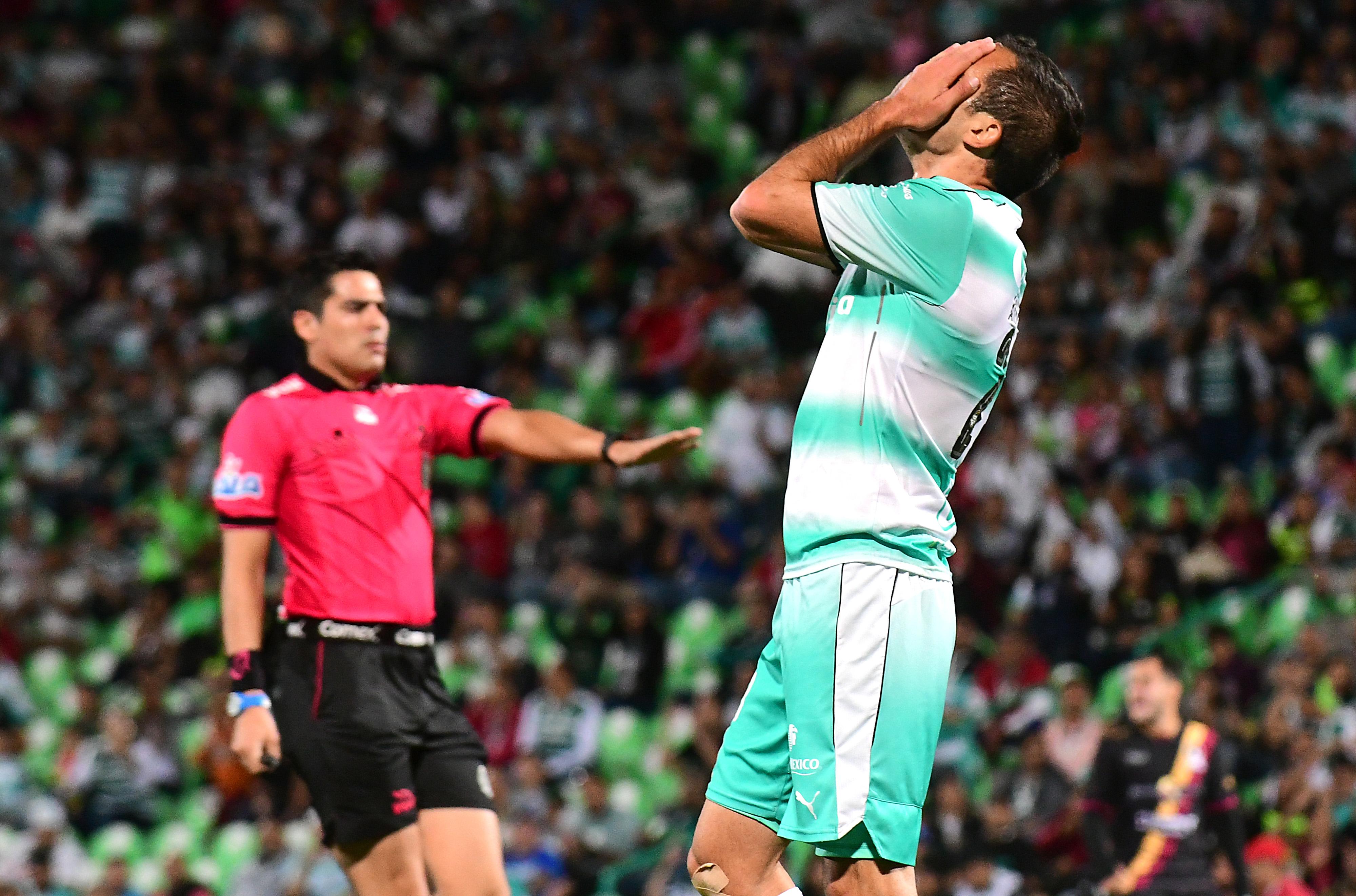 Asociación Mexicana de Futbolistas dió espaldarazo a Armenteros y Davila y Santos los liberó