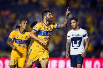 5.- Se ganó a la afición rapidísimo con todos sus goles, en apenas dos años ya es el cuarto mejor goleador en la historia del equipo - MEXSPORT/Jorge Martinez