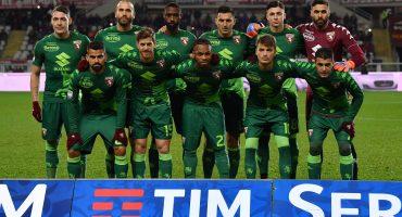 El Torino estrenó uniforme en homenaje a otro equipo de futbol