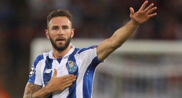 Layún sólo espera el permiso del Porto para salir al Alavés