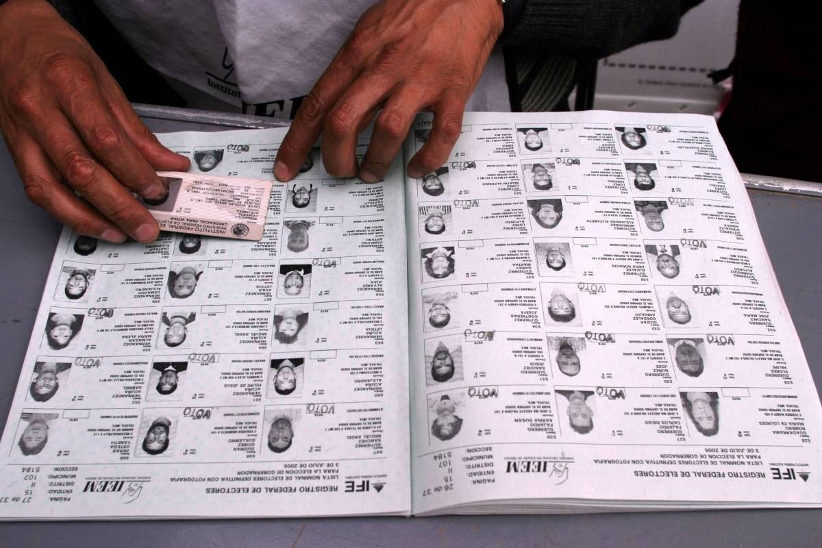PRI pagará multa de 84.3 mdp por andar vendiendo lista nominal de electores