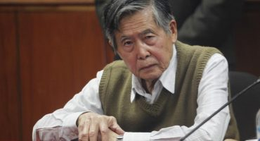 Tras librar destitución, presidente de Perú otorga indulto humanitario a Fujimori