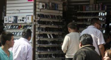 Que se prohíba la venta de celulares usados, propone Mancera