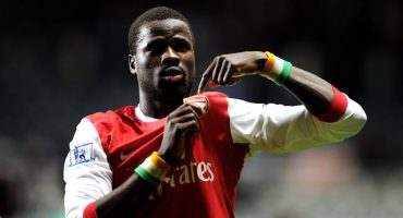 La triste historia del final de la carrera de Emmanuel Eboué