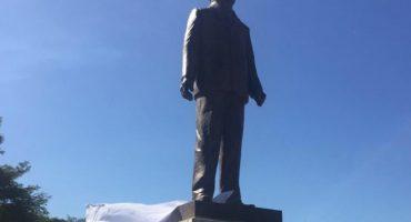 El dinero sobra: Colima estrena estatua de Miguel de la Madrid, costó 8 mdp