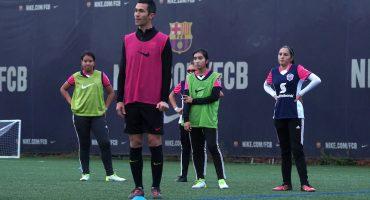 La plataforma de futbol que llevó a un equipo femenil a entrenar con el Barça