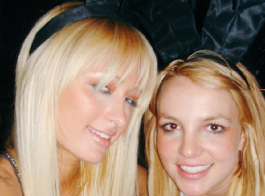 Selfie de Britney Spears con Paris Hilton