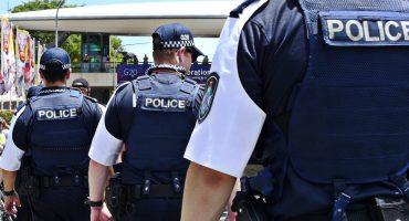 Y en la nota idiota del día: Policía australiana periscopea por error una reunión secreta