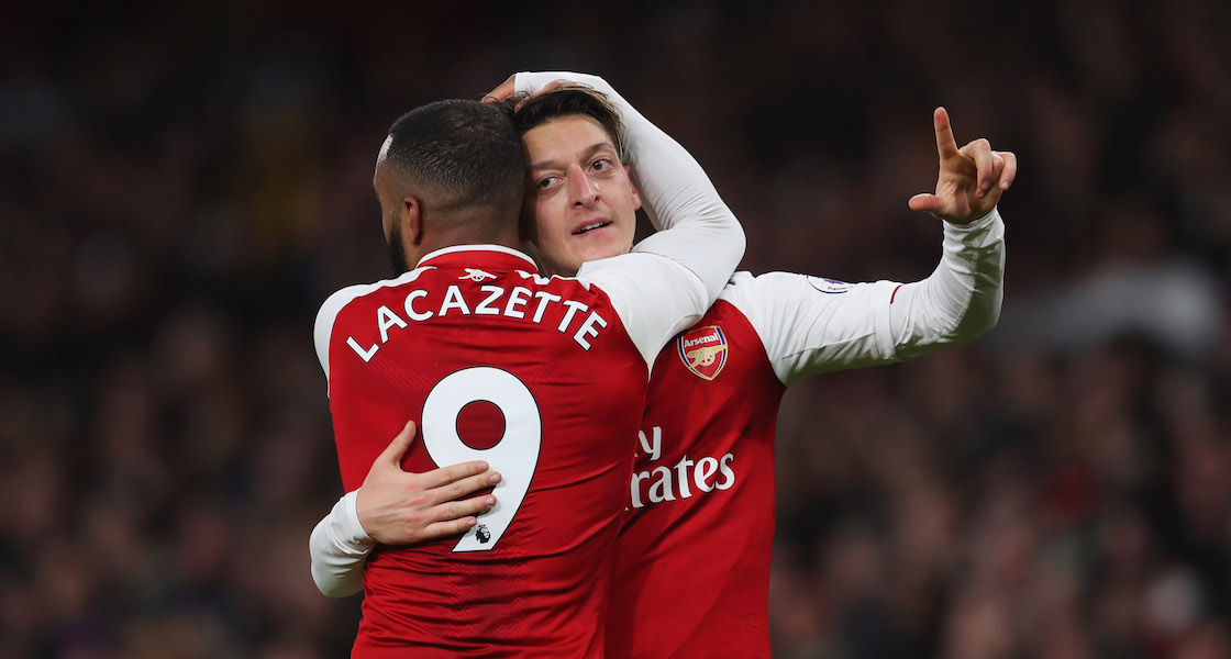 Que Mesut Özil siempre no se va del Arsenal