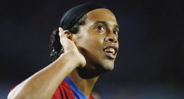 Se va la sonrisa que nunca se borra: Ronaldinho anunció su retiro