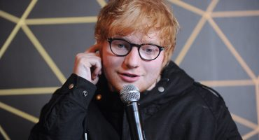 El colmo de los colmos: Periódico islandés confunde a Ed Sheeran con un viejito 😂