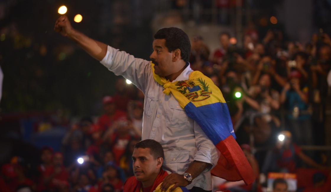 Se adelantan las elecciones presidenciales en Venezuela