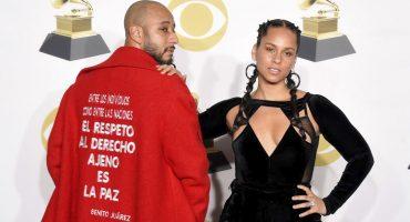 ¡Benito Juárez presente en los Grammy 2018! El esposo de Alicia Keys usó el MEJOR abrigo 😱