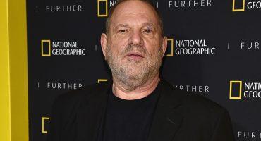 """Ex asistente de Harvey Weinstein lo demanda por """"pedirle encuentros sexuales extremos"""""""