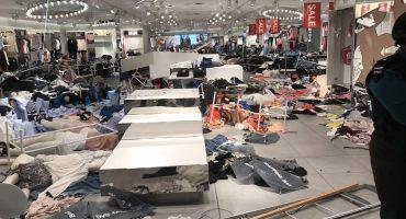 Manifestantes vandalizan tiendas de H&M en  Sudáfrica