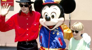 """""""Jamás me sentí incómodo"""": Macaulay Culkin habla de su relación con Michael Jackson"""