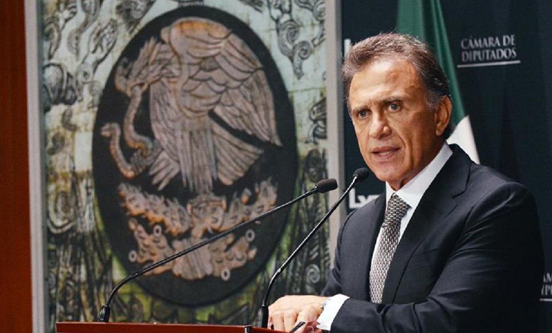 Miguel Ángel Yunes Linares, gobernador de Veracruz, esconde su carísimo reloj