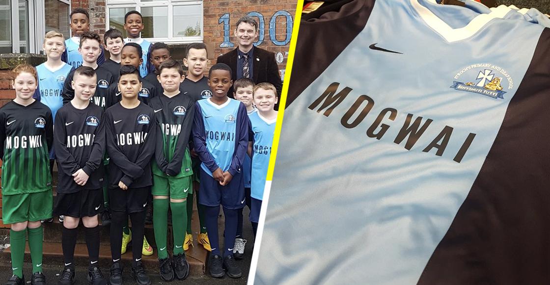 ¡Mogwai se puso la del Puebla y patrocinó unas playeras a un equipo de fútbol en su natal Escocia!