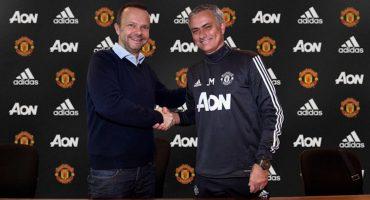 Mourinho se queda un rato más con el Manchester United